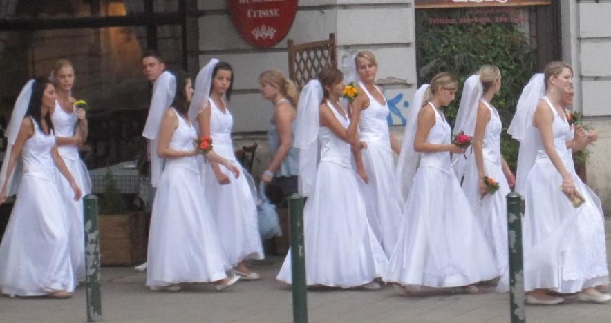 casamento coletivo na europa - casar, casar, casar